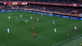 Después de una mecida le anotan un golazo: España sin perdón ante Noruega