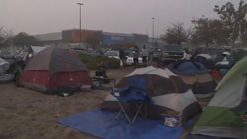 La vida tras el desastre para los evacuados por incendio en EEUU