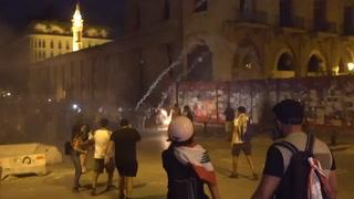 Una semana después de la explosión, las calles de Líbano furiosas con sus líderes