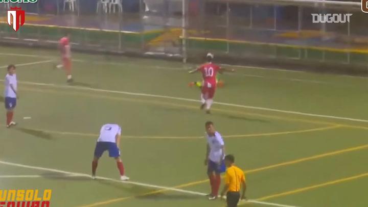 Richard Rodríguez's long-range goal vs Juventus