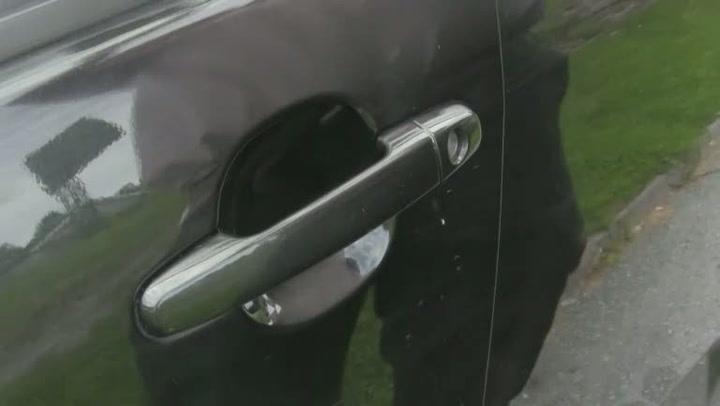 Bilpleie: Hvordan fjerne overflateriper fra lakken