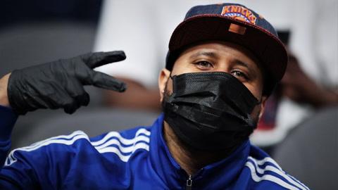 How should Knicks fans feel today?