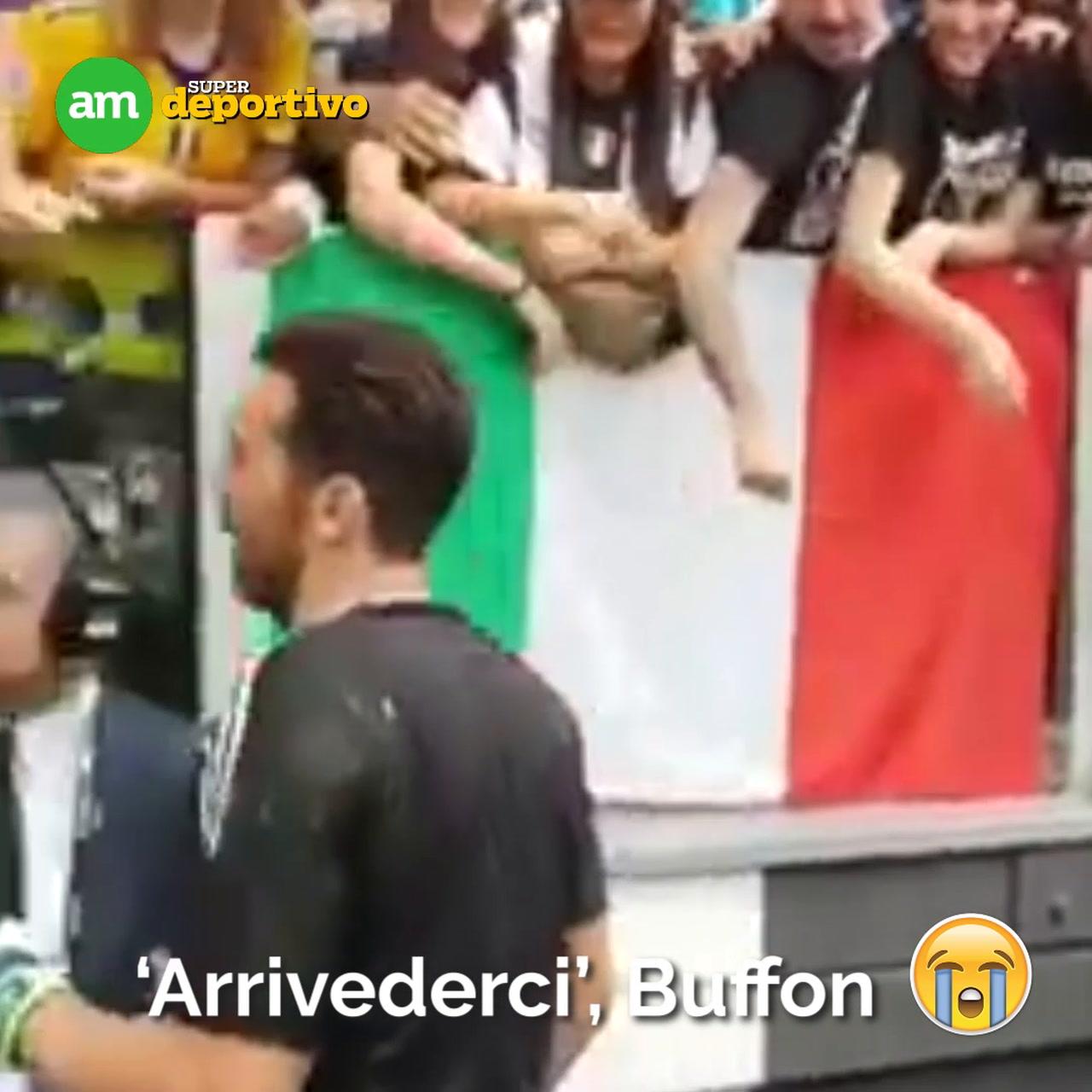 Video: Así se despidió una leyenda del futbol