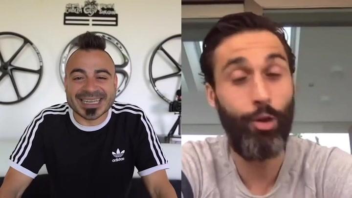 El 'zasca' de Arbeloa a los jugadores del Barcelona nada más comenzar una entrevista