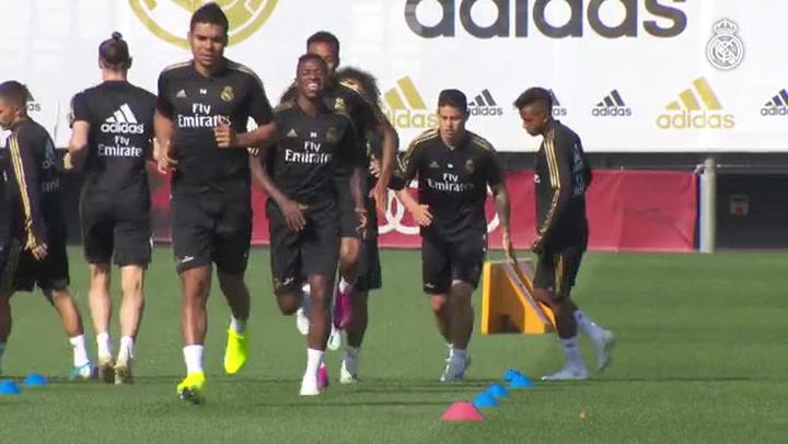 El Real Madrid continúa preparando su debut en la Champions League