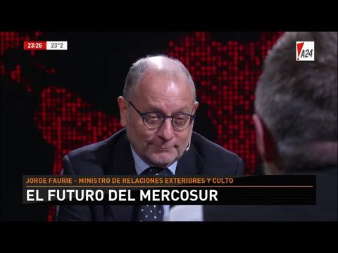 Faurie: No creo que debamos juzgar a Bolsonaro por los dichos de campaña