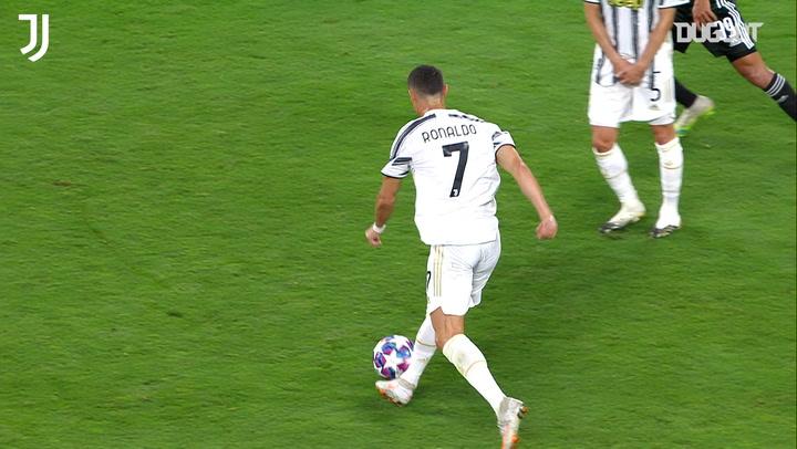Gol Spektakuler: Cristiano Ronaldo Cetak Gol Roket Lawan Lyon (Agustus 2020)