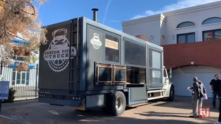 Custom Pizza Truck is a 'kitchen on wheels' – VIDEO