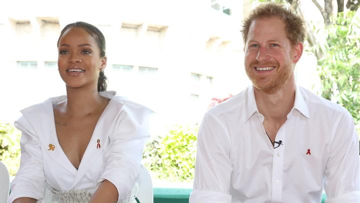 Le preguntaron a Rihanna si estaba invitada a la Boda Real, ¡su respuesta es muy graciosa!