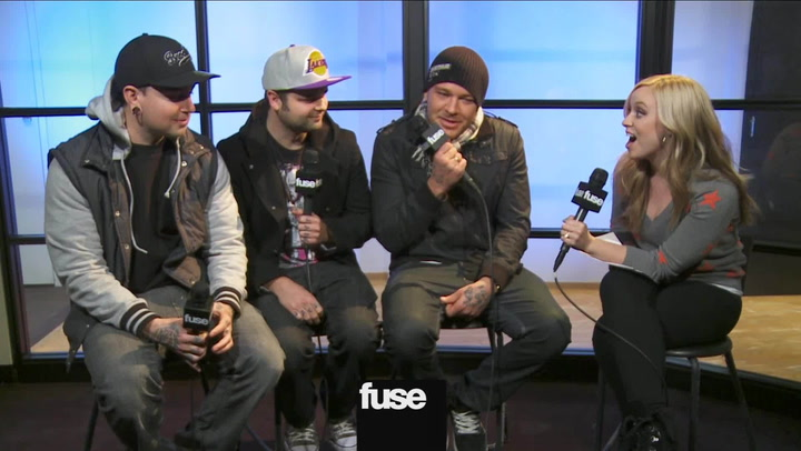 """Interviews: Hollywood Undead """"We're One Direction With More Edge, Like One Erection"""""""