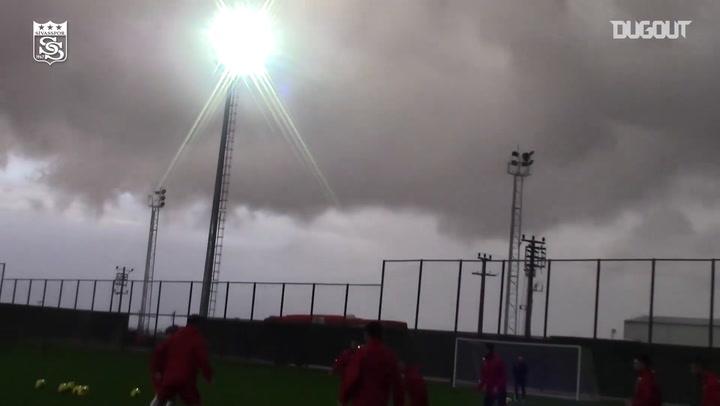 Sivasspor Hazırlıklara Devam Ediyor