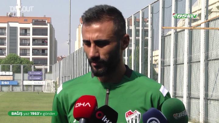 Bursaspor Kaptanı Selçuk Şahin Açıklamalarda Bulundu