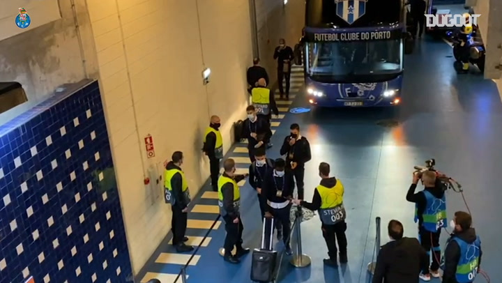 Behind the scenes of FC Porto's victory over Olympiacos