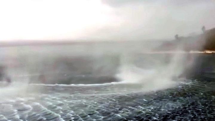 Filmet heftig værfenomen i ferieparadis