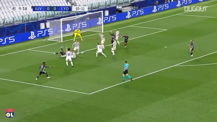 Memphis Depay penalti Vs Juventus (Agustus 2020)