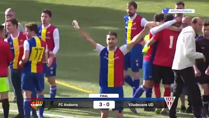 El Andorra celebra su ascenso a Tercera División