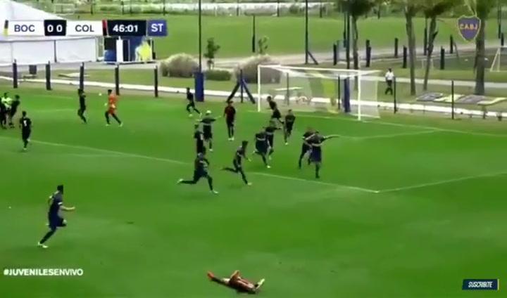 Así los marca Ramos Mingo, el central juvenil de Boca que tiene casi cerrado el Barça
