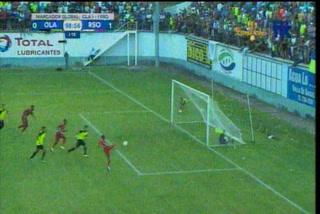 ¡Increíble! El fallo garrafal de Pablo Arzú en la Gran Final de Liga de Ascenso