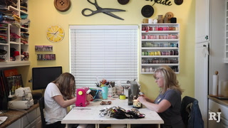 Las Vegas Valley residents make medical masks for health care workers – VIDEO