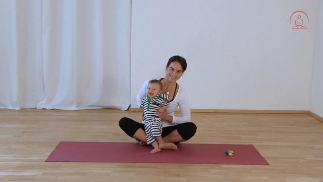 Mit Baby den Rücken stärken