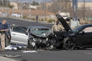 2 dead, 1 critically injured in west valley crash – VIDEO