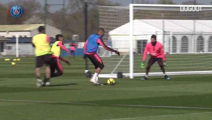 Neymar Jr Returns To Full Training