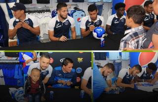 Motagua regaló autógrafos a sus aficionados previo a la final ante Olimpia