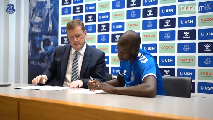 Abdoulaye Doucoure's first day as an Everton player