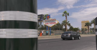 Welcome to Las Vegas sign on the Las Vegas Strip welcomes new bollards – VIDEO
