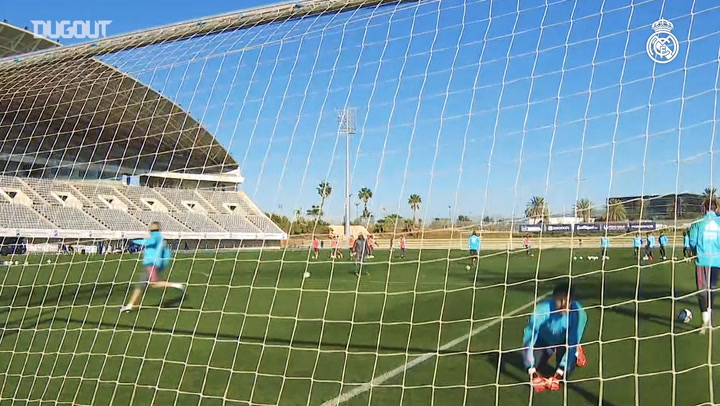 Goals, saves and finishing drills in Malaga