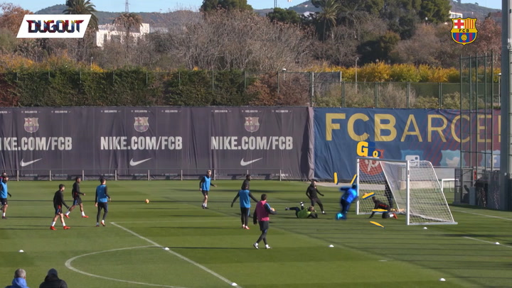Luis Suarez's Amazing Pinball Goal in Training!