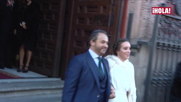 Paulina Rubio muestra su lado más maternal en la boda de su hermano Enrique