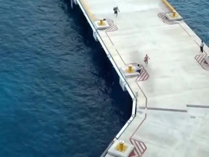 Cruise Pier Runners In Cozumel -- Carnival Liberty
