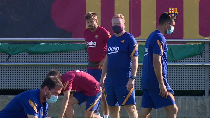 Entrenamiento del Barça sin Messi y con la incorporación  de Iñaki Peña , Juan Miranda , Carles Aleñá , Riqui Puig y Pedri González