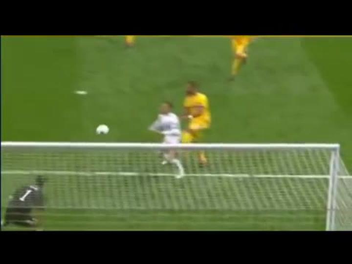 Benatia recordó el penalti pitado en el Bernabéu en el Real Madrid - Juventus