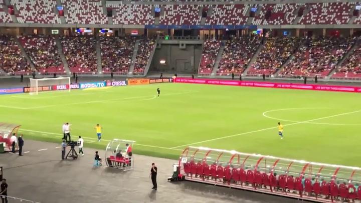 ¡Neymar, lesionado, sustituido en el Brasil-Nigeria!
