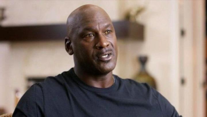 """Michael Jordan llora al hablar de su mala reputación: """"Ganar tiene un precio"""""""