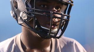 Desert Oasis Junior Defies Odds, Disability to Play Varsity Football