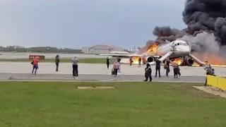 Her bærer de bagasjen av flammeflyet