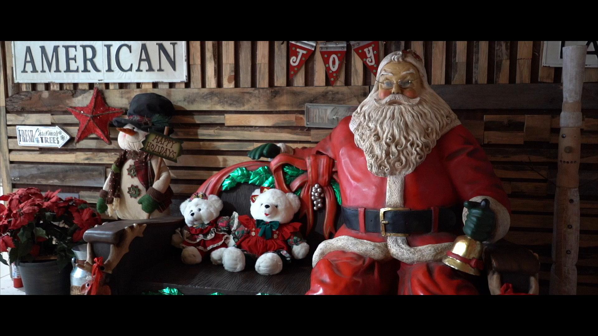 CHRISTMAS  + LOVE  | Fort Pierce, Florida | Barn at Oleandar