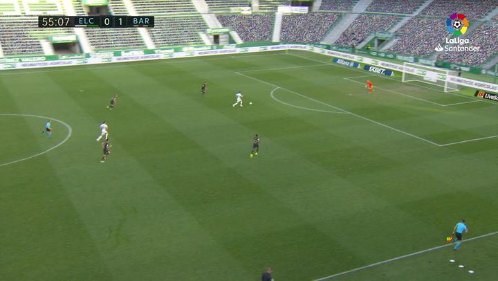 Ter Stegen siempre aparece, paradón a Rigoni con 0-1