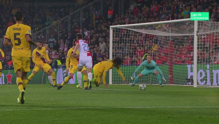 Champions League: Slavia Praga - Barça. Griezmann se fajó en labores defensivas hasta ser sustituido por Dembélé