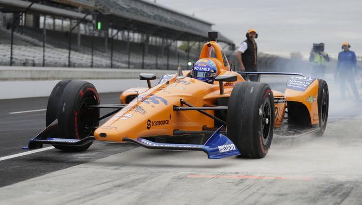 Fernando Alonso comienza con problemas el test de Indianápolis