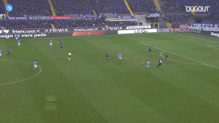 Higuain marca duas vezes pelo Napoli contra a Atalanta