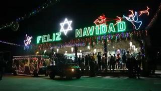Luces y colores alegran la Villa Navideña del Campo Parada Marte