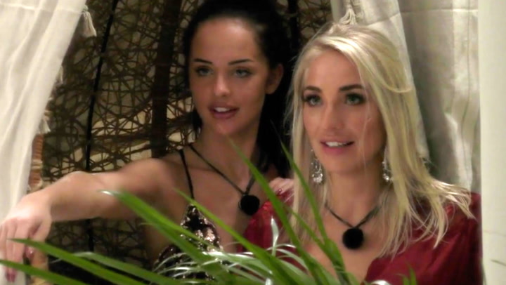 Image: Jentesex på «Paradise Hotel»