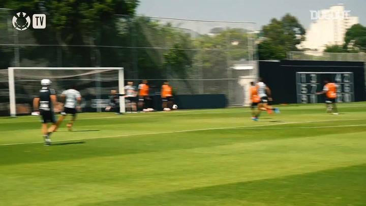 Corinthians faz treino tático em semana decisiva