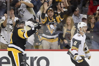 Golden Edge: Phil Kessel Has Hat Trick in Win Over Knights