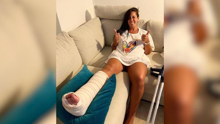 Anabel Pantoja: una placa y cinco tornillos para solventar su fractura de peroné