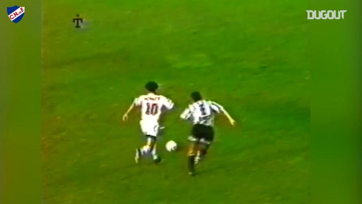 El gol maradoniano de Álvaro Recoba con Nacional